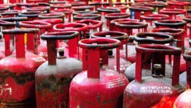 LPG Cylinder Price Hike: दिल्ली में 50 रुपये महंगा हुआ एलपीजी गैस सिलेंडर, कल से लागू होगी बढ़ी हुई नई कीमतें
