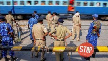 UP में रेलवे क्रॉसिंग पर बड़ा हादसा, लखनऊ-चंडीगढ़ एक्सप्रेस कई वाहनों से टकराई, पटरी से उतरी, 5 लोगों की मौत