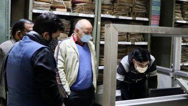दिल्ली: शिकायतें मिलने पर डिप्टी CM मनीष सिसोदिया ने श्रम कार्यालय का किया औचक निरीक्षण, मैनेजर बर्खास्त