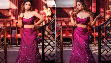 RashamiDesai ने खूबसूरत लंहगा पहनकर कराया Hot Photoshoot, हॉटनेस देख एक्ट्रेस पर फिदा हुए फैंस