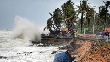 Cyclone Tauktae: गुजरात की ओर खतरनाक रफ्तार से बढ़ रहा चक्रवाती तूफान 'तौकते', मुंबई में तेज हवा के साथ बारिश