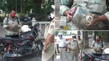 Mysore: लॉकडाउन में बाहर निकले बाइकर को पुलिस ने रोका, तो शख्स ने दिखाया कोबरा, देखें VIDEO