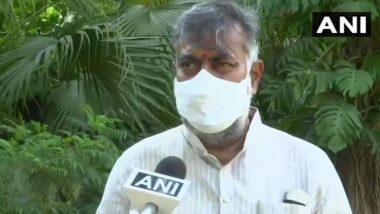 केंद्रीय मंत्री प्रहलाद सिंह पटेल का आरोप- सीएम अरविंद केजरीवाल की प्रेस कॉन्फ्रेंस में लगे तिरंगे में सफेद रंग बढ़ाकर दिखाया गया