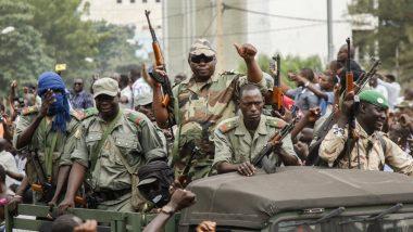 Mali: Army arrests interim President Bah সরকারের'u'llh and Prime Minister Moktar Owen