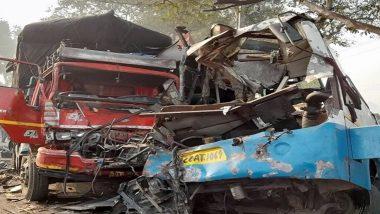 Jharkhand Bus Accident: धनबाद में भीषण सड़क हादसा, बिहार से बंगाल जा रही बस ट्रक से टकराई, 40 से ज्यादा यात्री जख्मी