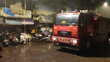Mumbai: बांद्रा इलाके में हुआ बड़ा हादसा, इमारतका हिस्सा गिरने से एक व्यक्ति कीमौत,पांच घायल