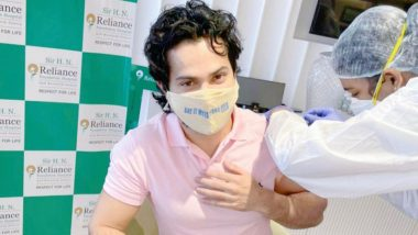 COVID-19 Vaccine: Varun Dhawan ने ली कोरोना वैक्सीन की पहली डोज