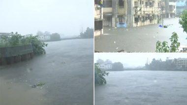 Mumbai Rains Update: मुंबई में भारी बारिश के बाद कुर्ला इलाके में लोगों के घरों में घुसा मीठी नदी का पानी- देखें वीडियो