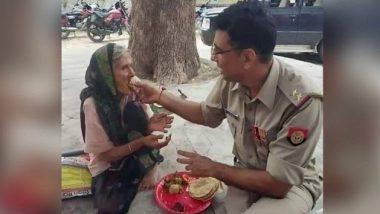 पुलिसकर्मी ने बुजुर्ग महिला को अपने हाथों से खिलाई पुरी-सब्जी, दयालू स्वभाव ने छुआ नेटिज़न्स का दिल