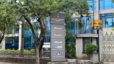 दैनिक भास्कर के सभी दफ्तरों में आयकर विभाग की छापेमारी, विपक्ष ने कहा- मीडिया की आवाज दबा रही मोदी सरकार