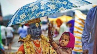 बारिश में भीगने से बचाने के लिए एक बच्चा भगवान की प्रतिमा पर छतरी लगाए आया नजर, दिल जीत लेगी यह Viral Photo