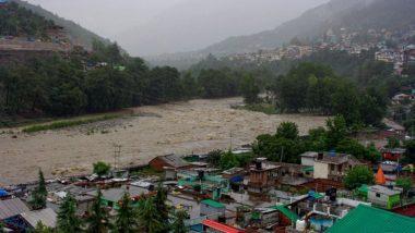 Himachal Pradesh: रह रहकर कहर बरपा रही प्रकृति, शिमला में भूस्खलन से दबी कार तो लाहौल में बादल फटने से 1 की मौत 10 लापता