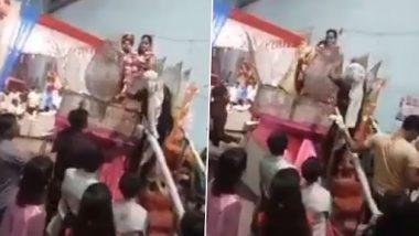 Viral Video: दुल्हन को वरमाला पहना रहा था दूल्हा, गुस्से में मां ने चप्पल फेंककर मारा, उसके बाद जो हुआ...देखें वीडियो