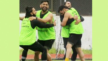 फुटबॉल के मैदान में नजर आई MS Dhoni और Ranveer Singh की दोस्ती, तस्वीर देखकर आप भी हो जाएंगे गदगद