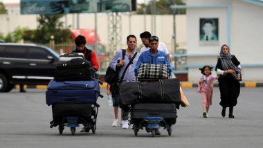 Afghanistan: काबुल एयरपोर्ट पर फिर आतंकी हमले का खतरा, अमेरिका ने नागरिकों को चेताया- एयरपोर्ट से दूर रहने की दी सलाह